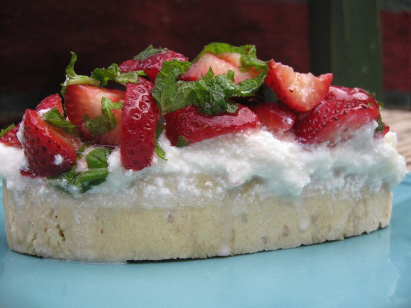 Virginias_strawberry_ricotta_quicki